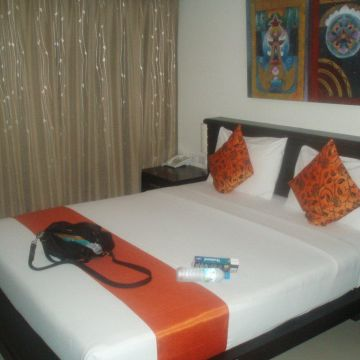 Lub Sbuy Hotel