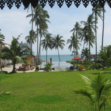 Weekender Resort & Spa