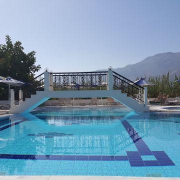 Vantaris Garden Hotel