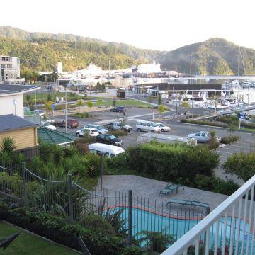 Hotel Picton Beachcomber Inn