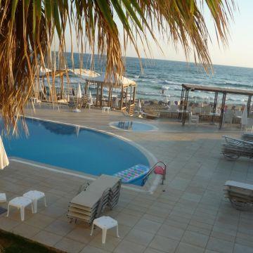 Hotel Akrogiali / Acrogiali