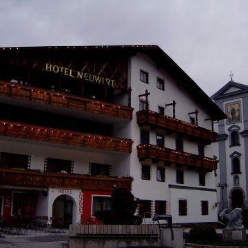 C+M+B Hotel Neuwirt