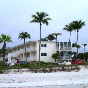 Sanibel Sunset Beach Inn Resort