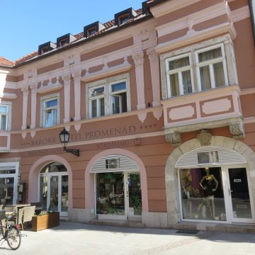 Barokk Hotel Promenád Gyor