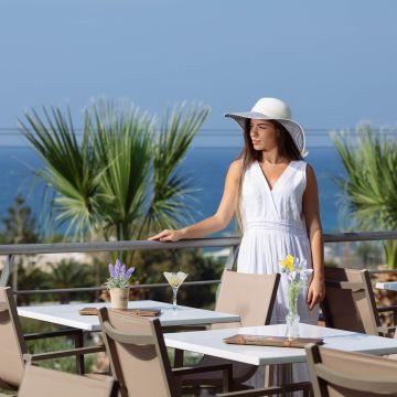 Oasis Scaleta Hotel