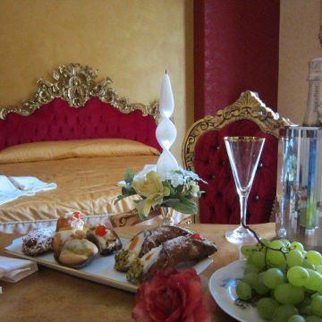 Hotel La Dolce Vita - Luxury House