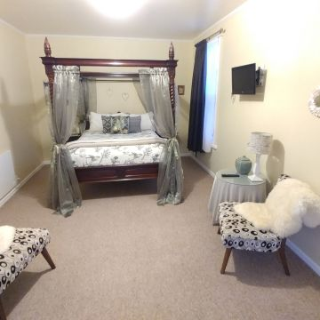Bed and Breakfast Cotswold Cottage