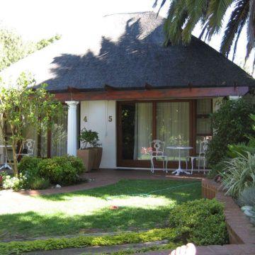 Hotel Cape Village Lodge