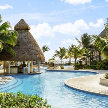 The Reef Cocobeach Resort