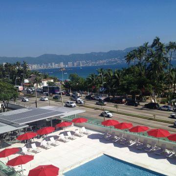 RAMADA Acapulco Hotel