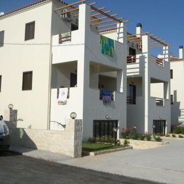 Aparthotel Prinos Resort
