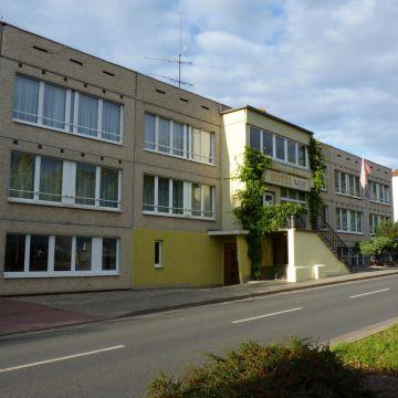 Garni Hotel-West