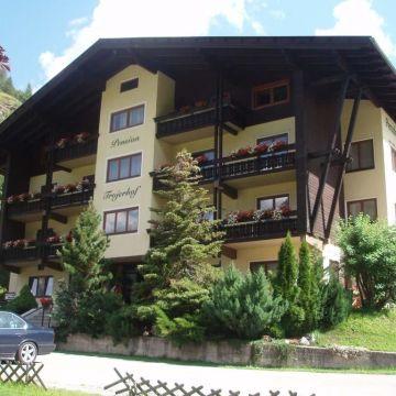 Hotel Trojerhof
