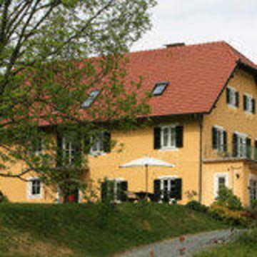 Weingut Tauss