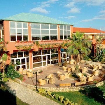 Hotel Minerva Club Resort & Golf