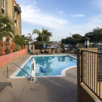 Best Western South Bay Hotel