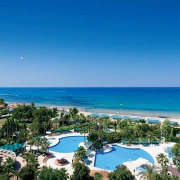 İz Flower Side Beach Hotel