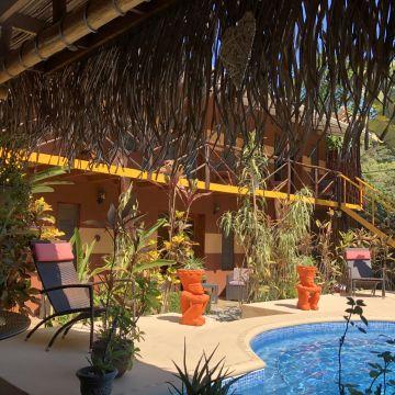 Samara Palm Lodge