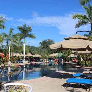 Hotel Casa Roland Marina Resort