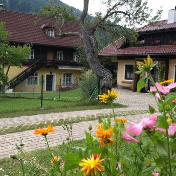 Ferienwohnungen Villa Heinrich