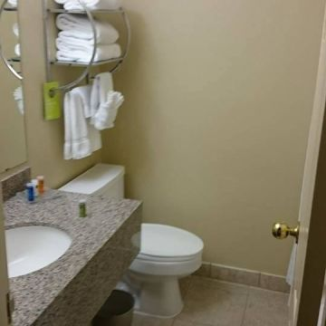 Radisson Suite Hotel El Paso Airport