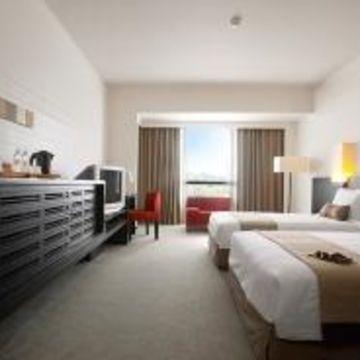 G Hotel Gurney