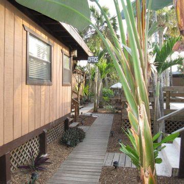Kona Kai Motel & Cottages