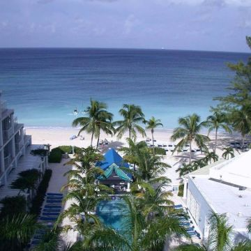 Grand Cayman Beach Suites Hotel