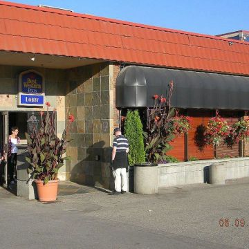 Vernon Atrium Hotel & Conference Centre