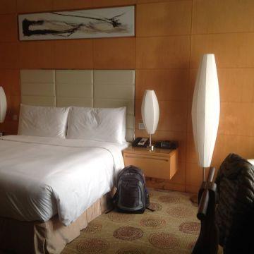 Marriott Renaissance Shanghai Putuo Hotel