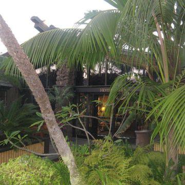 Hotel Humphrey's Half Moon Inn & Suites