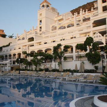 Hollywood Mirage Resort