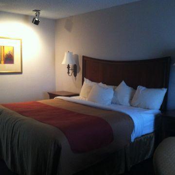 Best Western Hotel El Rey Inn Suites