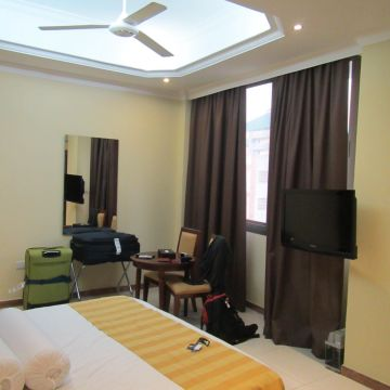 Hotel Tanzanite Executive Suites