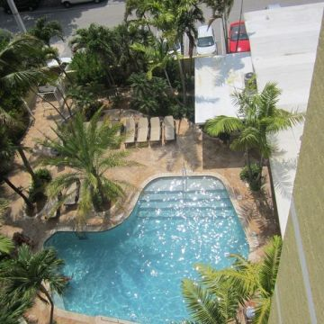 Sun Tower Hotel & Suites
