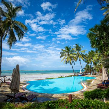 Hotel Voyager Beach Resort