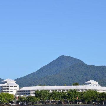 Hotel Shangri-La The Marina Cairns