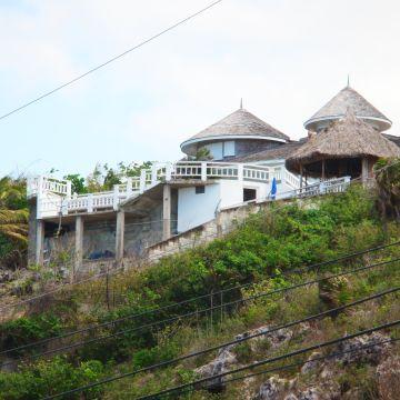 Pedros Point Villa