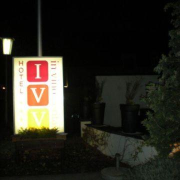 Hotel In Vino Veritas