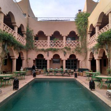 Hotel Riad Ain Khadra