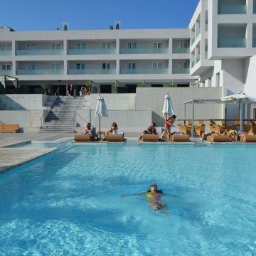 Out Of The Blue Capsis Elite Resort - Ruby Red Regal Hotel