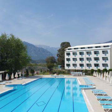 Hotel Daima Biz Resort