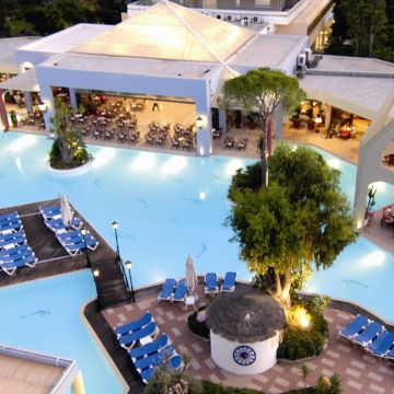 Dionysos Hotel