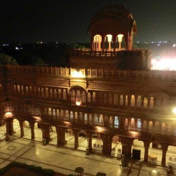 Hotel Laxmi Niwas Palace