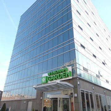 Hotel Wyndham Garden Long Island City
