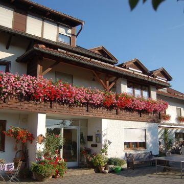 Pension zum Ebenstein am Donausteig
