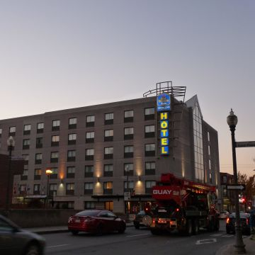Best Western Plus Hotel City Centre & Centre Ville