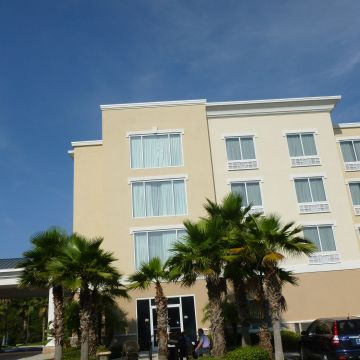 Holiday Inn Express Hotel & Suites Tampa I-75