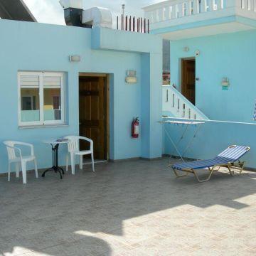 Hotel Deep Blue Sea
