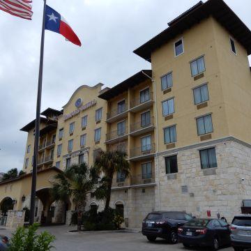 Hotel Comfort Suites Alamo/Riverwalk